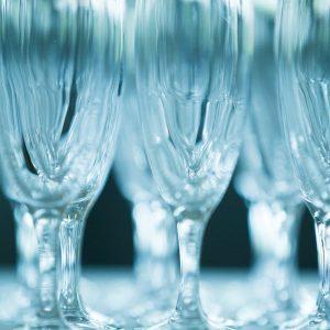 Champagneglas uppdukade